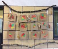 Aut 2: Environmental Art. Using leaves to print with and frame created from natural materials.