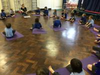 Spr 1: 'Happy Kids Yoga' visit.